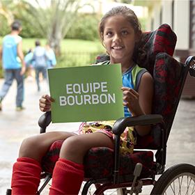 Gerentes e diretores da rede de hotéis Bourbon de todo Brasil conhecem a escola Prof. de Cambará